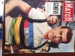 Paris-match N° 331 Semaine Du 30 Juillet  Au 04 Aout 1955 Louison Bobet à La Une - 1950 - Oggi