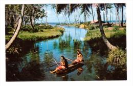 Polynesie Française Tahiti La Riviere à Hitiaa Jeune Femme Tahitienne En Pirogue - Tahiti