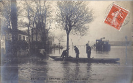 LA GRANDE CRUE DE LA SEINE JANVIER 1910- SAUVETEURS AU QUAI D'AUTEUIL  CARTE PHOTO - La Crecida Del Sena De 1910