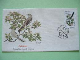 USA 1982 FDC Cover -  State Bird And Flower - Arkansas Mockingbird And Apple Blossom - Etats-Unis