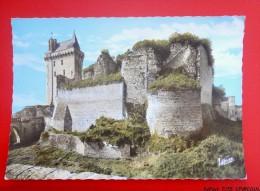 37  - CHINON. - Ruines Du Château Féodal Et La Tour De L'Horloge - Chinon