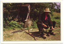 Folklore Du Limousin : Action De Rabattre Une Faux à L'ancienne (n°151 Dubray) Métiers Paysan - France