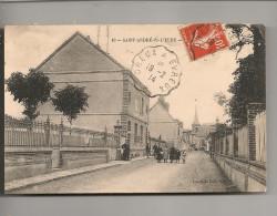 Saint-André-de-l´Eure Saint André De L´Eure Une Rue Animée Cpa 27 Eure Normandie - Francia
