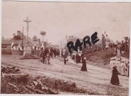 FETE DE JEANNE D´ARC,EN 1900,FANFARE,PROCESSION,MILITAIRE,63,PUY DE DOME,CLERLANDE,PRES CLERMONT FERRAND,PHOTO  ANCIENNE - Places