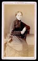 PHOTO Photographie CDV Portrait De Femme - Charles MERCOU (Succr. Larribau) Photographe 75008 PARIS - Ancianas (antes De 1900)