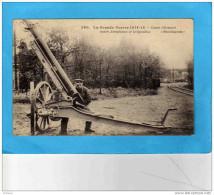 GUERRE 14-18-canon Allemand  Contre Aéroplanes Et Dirigeables-- Gros Plan Avec Servant-a Circulé En 1915 - Guerre 1914-18