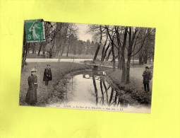 LYON - Le Parc De La Tête D'Or - Sous Bois - Lyon