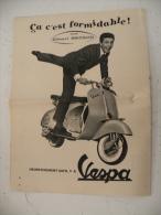 Publicité, Vespa Avec Gilbert Bécaud Des Année 50 - Publicités