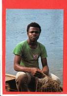 GUINEE EQUATORIALE  cp  anim�e Joven pescador en BATA          Edit Germain