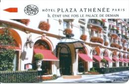 HOTEL PLAZA ATHENEE PARIS  llave clef key keycard hotelkarte