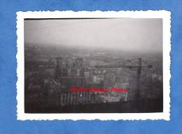 Photo Ancienne - LYON - Fourviére - Vue De La Brume Sur La Ville - Grue - 1941 - Lieux