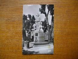 Saint-cannat Statue De Bailli De Suffren - France
