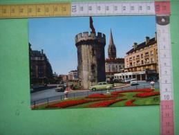 37 ) Caen : La Tour Le Roy : Voitures ; Panhard ,4 Cv Renault ,ami 6 Citroen , 404 , 203 Peugeot : Recto , Verso - Caen