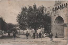 CPA 84 LE THOR  Porte De L'Horloge Fontaine - Unclassified