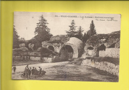 NICE  Carte Postale Ancienne Les Arènes De NICE-CIMIEZ Ruines Romaines  Circulée Le 31 03 1930  Timbre N° 235 - Nizza