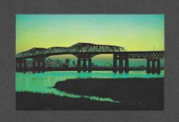PONTS - MONTRÉAL - QUÉBEC - UNE VUE IMPRESSIONNAMTE DU PONT CHAMPLAIN - BRIDGE - PHOTO JACK BAIN - Ponts
