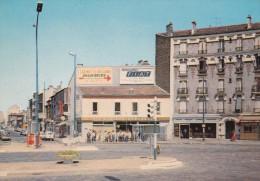 93 Seine Saint Denis La Courneuve Place Du 8 Mai 1945 - La Courneuve
