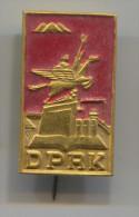 DPRK - PYONGYANG NORTH KOREA, Communist Party / Propaganda, Ideology, Vintage Pin, Badge, Abzeichen - Associations