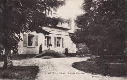 CP AISNE - HARTENNES - L'ANCIEN CHATEAU - ECRITE EN 1910 - France