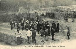 VILLERS COTTERETS  FORET CHASSE A COURRE  EQUIPAGE MENIER  LE DEPECAGE - Villers Cotterets