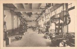 92 - Sévres - École Nationale Supérieure De Céramique - Atelier De Fabrication Céramique - S.A.P.H.O.  /  Photo Salaün - Sevres