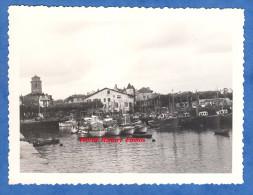 Photo ancienne - SAINT JEAN de LUZ - Le Port - juillet 1959