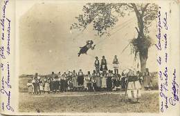 - Ref -H114 - Macedoine - Jour De Fete En Macedoine - Jeu De La Balancoire - Swing Game - Stork S Nest - - Macédoine