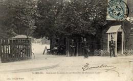 55 SAINT-MIHIEL Entrée Des Csernes Du 29è Bataillon De Chasseurs à Pied Animée - Saint Mihiel