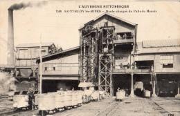 SAINT-ELOY-LES-MINES MONTE CHARGES DU PUITS DU MANOIR  WAGONNETS TRACTES PAR DES CHEVAUX - Saint Eloy Les Mines