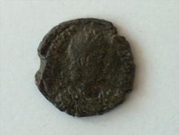 ROMAINEMAIORINA CONSTANCE II350-351 AD NICOMEDIE4.1g  2.0cm  743 Constantius II - 7. L'Empire Chrétien (307 à 363)