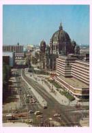 4764   Cpm  BERLIN :   Hauptstadt Der DDR ;   Karl - Liebknecht Strasse - Allemagne