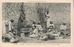 "OUGANDA - Préparation Du ""Matoké""  (bouillie De Bananes) Par Les Religieuses Indigènes - Uganda"