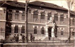ROMANIA-PITESTI-LICEUL I.C.BRATIANU-ORIGINAL VINTAGE POSTCARD-24 - Roemenië