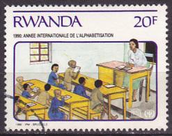 Timbre Oblitéré N° 1381(Cob) Rwanda 1990 - Année Internationale De L´alphabétisation - Rwanda