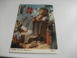 MECKI STENDE LA BIANCHERIA - Mecki