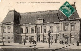 RENNES - Le Palais De Justice, Ancien Parlement De Bretagne (animation) - Rennes