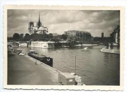 Ancienne PHOTO Amateur 12,5 X 8,5 Cm... PARIS. Ile De La Cité. Notre Dame De Paris - Places