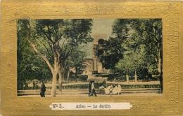 13 ARLES LE JARDIN ANIME - BORDURE DOREE - Arles