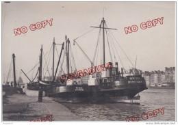 Au plus rapide Port du Havre Navire allemand sp�cialis� pour d�truire les �paves Deux navires nomm�s