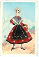 Ancienne Cp Femme Au Costume Brodé Du Dauphiné CPSM - Kostums