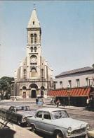 93 Seine Saint Denis Saint Ouen Place De L'église Superbe Simca Et Peugeot 404 - Saint Ouen
