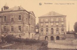 Neufchâteau - L'Ecole Moyenne Et L'Hôtel De Ville (animée) - Neufchâteau