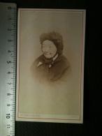 Photo CDV - Buste De Femme Agée, Coiffe, Ch. Domergue Photographe Agen - Personnes Anonymes