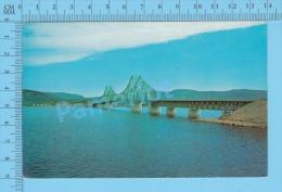 Campbellton N.B. ( Pont Interprovincial Reliant Le Quebec Et Le Nouveau Brunswick ) Post Card Postcard 2 Scans - Nouveau-Brunswick