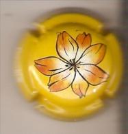 PLACA DE CAVA FRIZZ CODORNIU DE UNA FLOR-FLOWER (CAPSULE) RARA - Mousseux