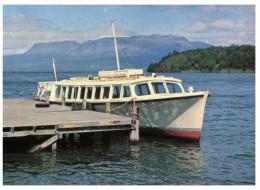 (PH 800) New Zealand - Lake Tarawera And Boat - Neuseeland