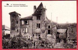 24 THIVIERS - Vieille Maison (ancienne Gendarmerie) - Thiviers
