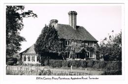 RB 1046 -  Real Photo Postcard - XVIth Century Priory Farmhouse Appledore Road Tenterden Kent - England
