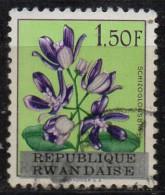 PIA - RWANDA  - 1963 : Fiori - (Yv 17) - Rwanda