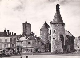24199 Issoudun Place 10 Juin Beffroi Tour Blanche -1607 Aubel Cap -bar Tabac Lucien Fourre -boucherie Gobert - Issoudun